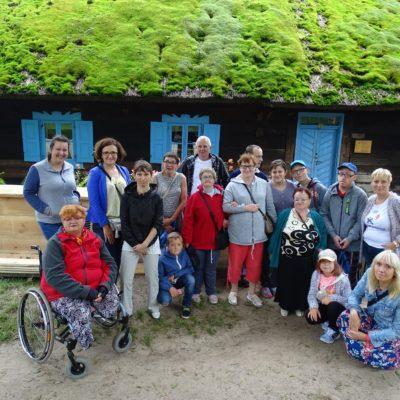 uczestnicy wycieczki do Gietrzwałd osoby z NI oraz członkowie kręgów wsparcia, zwiedzamy Gietrzwałd
