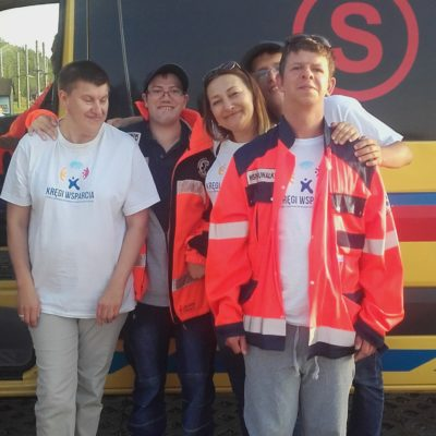 suwalskie kręgi wsparcia na wycieczce, poznajemy działanie służb ratunkowych
